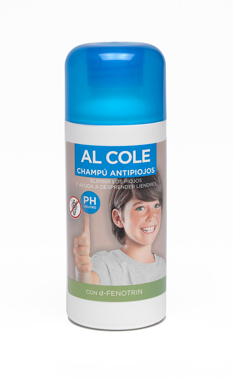 NELLY CHAMPU ANTIPARASITARIO AL COLE  200 ML