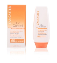 LANCASTER SUN CONTROL ANTI AGE & DARK SPOT UNIFORM SENSITIVE SKIN TAN MILK SPF 50 125 ML